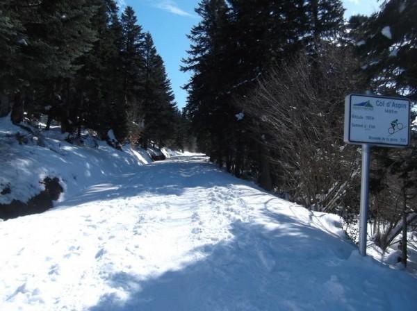 Col d'Aspin (vélo + marche) le 13 février 2015 090